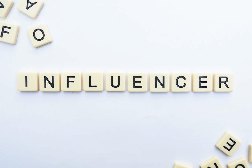 promozione contest con influencer